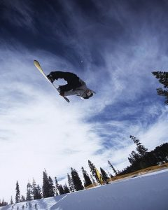 Picture from www.snowboardingdays.com